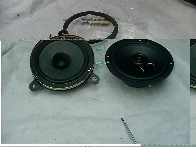 2001 Subaru Outback speakers